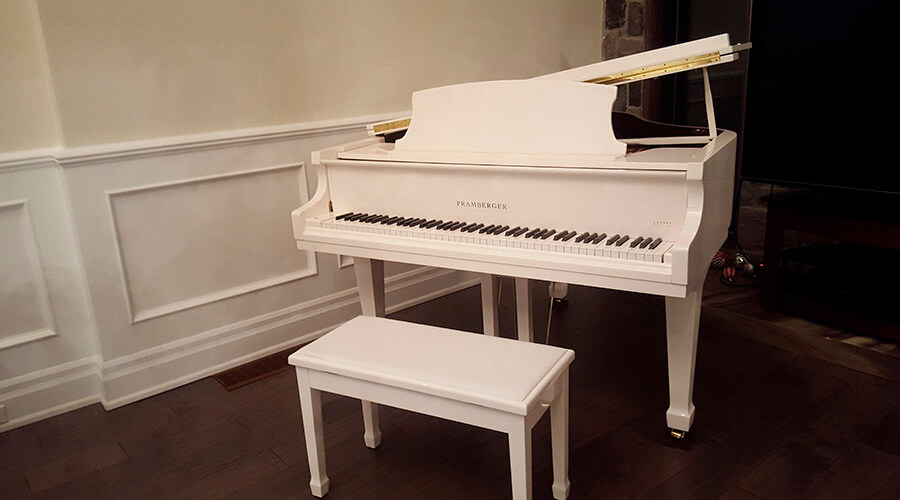 White Grand Royal Piano